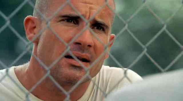 http://peliculas-y-series.programasfull.com/wp-content/uploads/Prison-Break-Season-3-DVDRip-Capture-2.jpg
